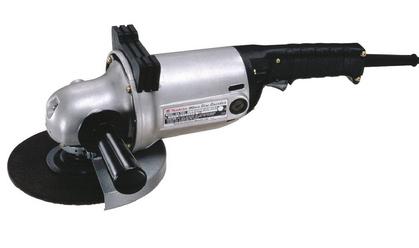Makita GA7001L